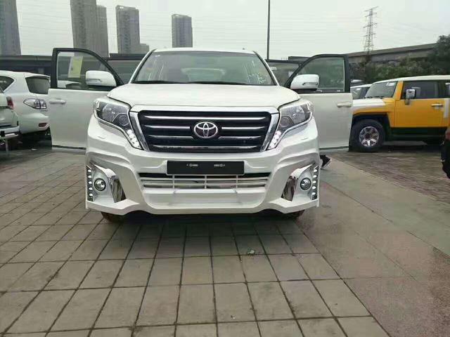 中东版丰田霸道2700主要是由日本丰田公司原厂生产,并在中东各国组装