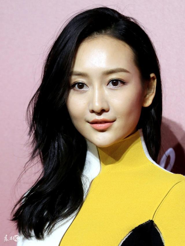 2007年,在电视剧《温柔的背后》饰演女主角卓然.台湾的电视剧主题曲图片