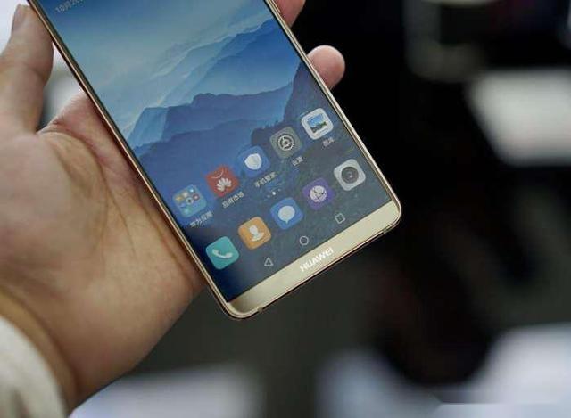 "iphone7彻底爆发, 价格""狂刷新低"", ""怒扛""华为mate10!图片"