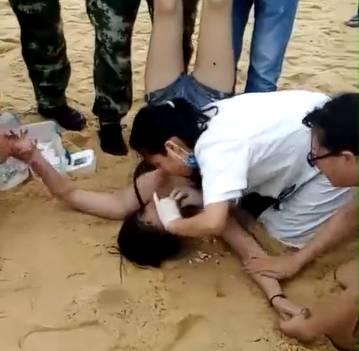 7月8日下午,广东阳江海陵岛十里银滩非泳区连续发生两起游客溺水事故!