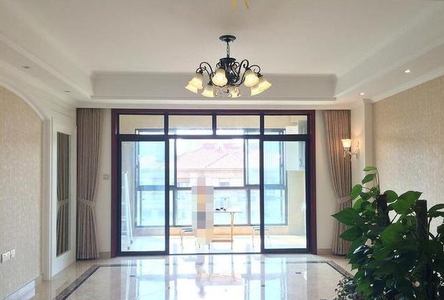 新房硬装8万,房子大简单装修就很漂亮,最喜欢客厅镜子隐形门!