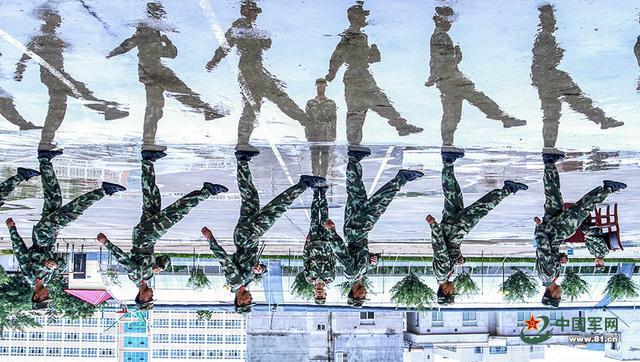 倒影,剪影,背影,中国军人的身影
