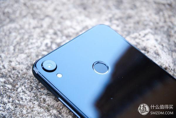 千元全面屏手机对决:荣耀畅玩7x,海信哈利手机,红米5