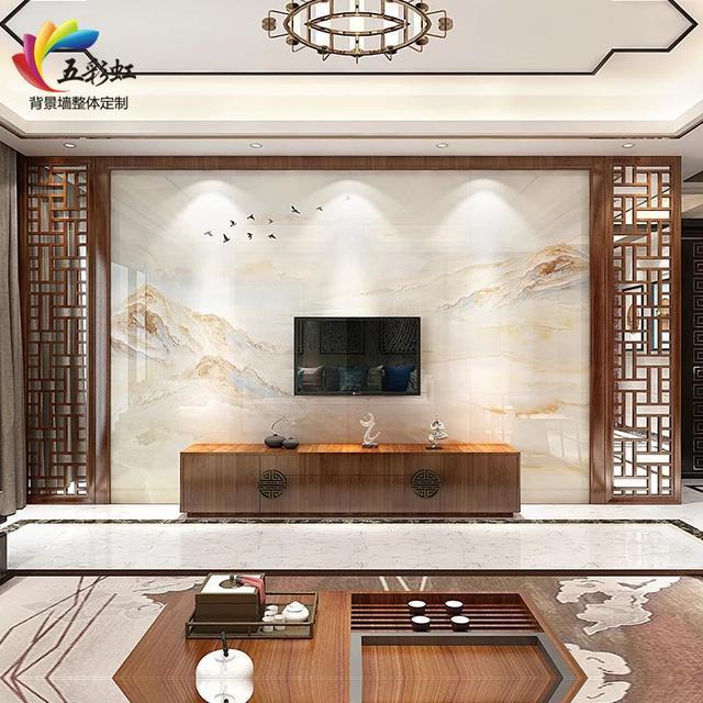 10,新中式微晶石电视背景墙搭配实木花格装修效果