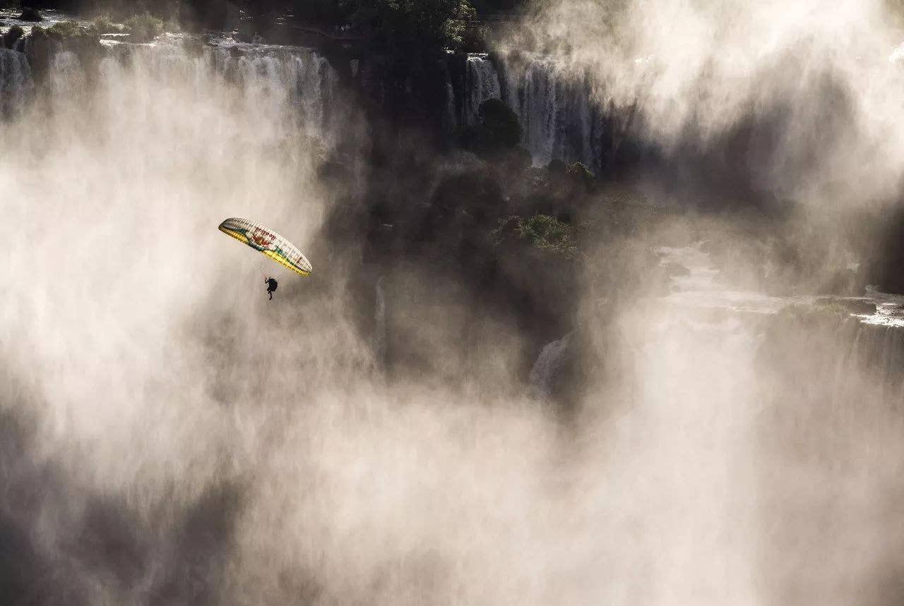 壁纸 风景 旅游 瀑布 山水 桌面 1280_859