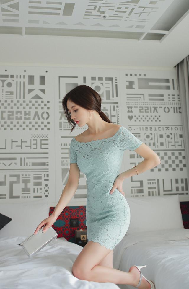 韩国小姐姐包臀连体衣酒店性感写真 养眼图片 第18张