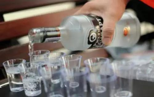 一天一两酒,活到九十九,是有科学依据的!