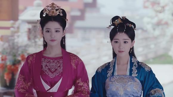 毛晓彤在《锦绣未央》中9个造型,导演怕是对姿色普通有什么误会 电视综艺 第10张