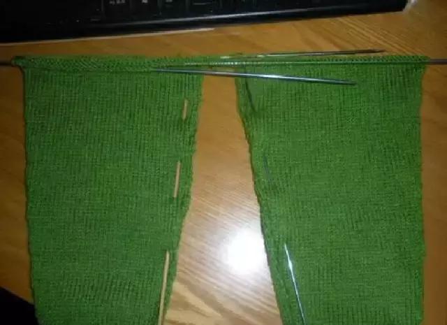 「旅行青蛙」为你的蛙儿子织一件温暖的连体裤(附图解) 时尚潮流 第14张