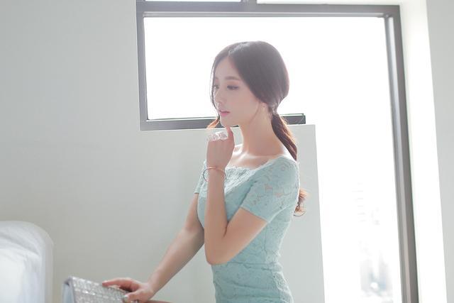 韩国小姐姐包臀连体衣酒店性感写真 养眼图片 第8张