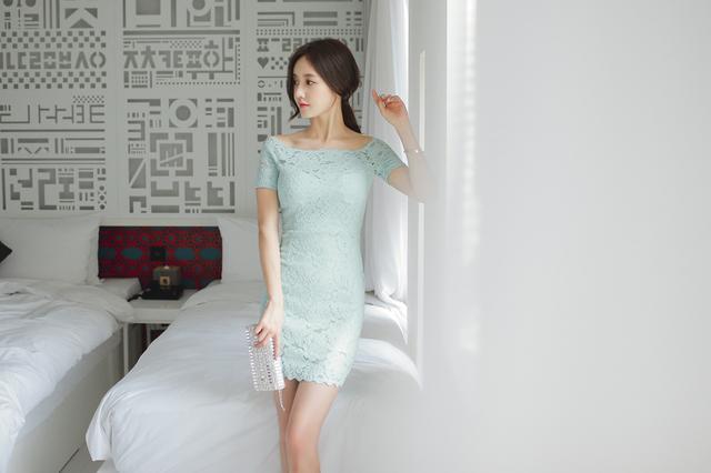 韩国小姐姐包臀连体衣酒店性感写真 养眼图片 第15张