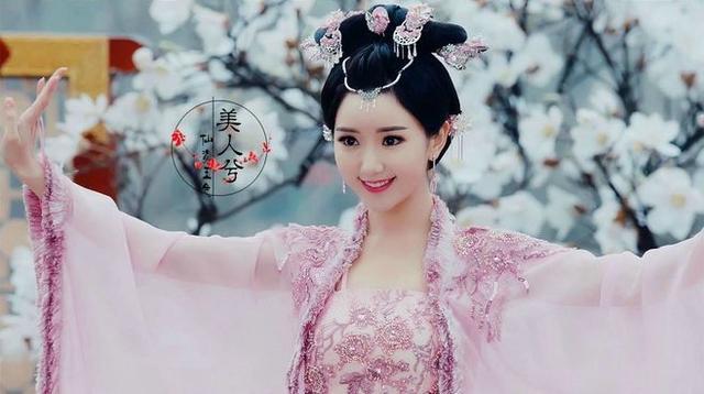 毛晓彤在《锦绣未央》中9个造型,导演怕是对姿色普通有什么误会 电视综艺 第20张