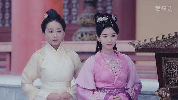 毛晓彤在《锦绣未央》中9个造型,导演怕是对姿色普通有什么误会 电视综艺 第15张