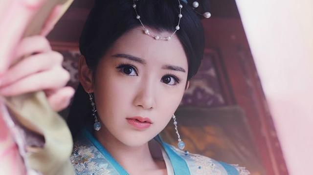 毛晓彤在《锦绣未央》中9个造型,导演怕是对姿色普通有什么误会 电视综艺 第6张