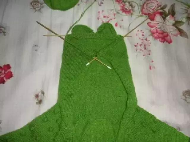 「旅行青蛙」为你的蛙儿子织一件温暖的连体裤(附图解) 时尚潮流 第18张