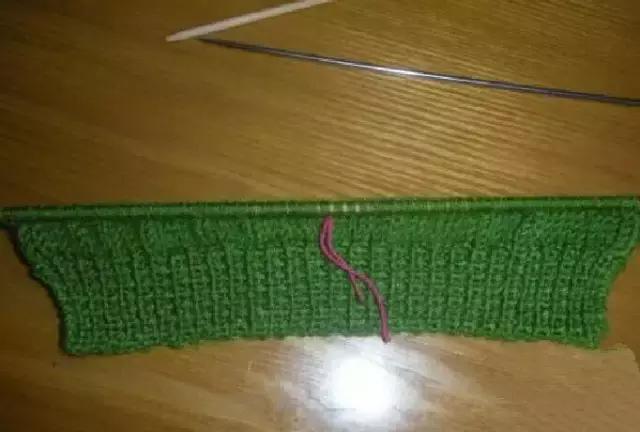 「旅行青蛙」为你的蛙儿子织一件温暖的连体裤(附图解) 时尚潮流 第10张